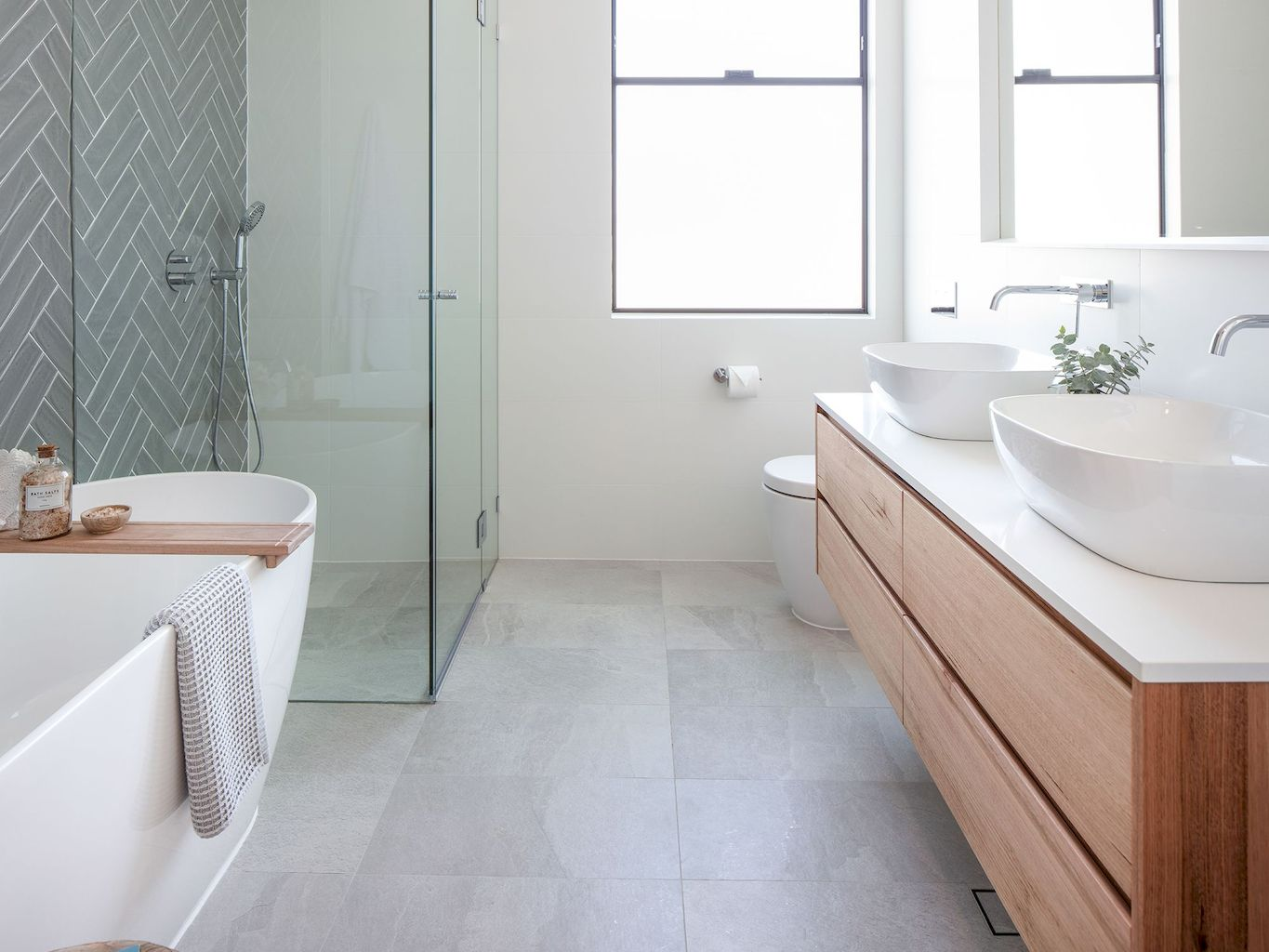 Must See Bathroom Tiles Ideas   How to Configure It in Small Space