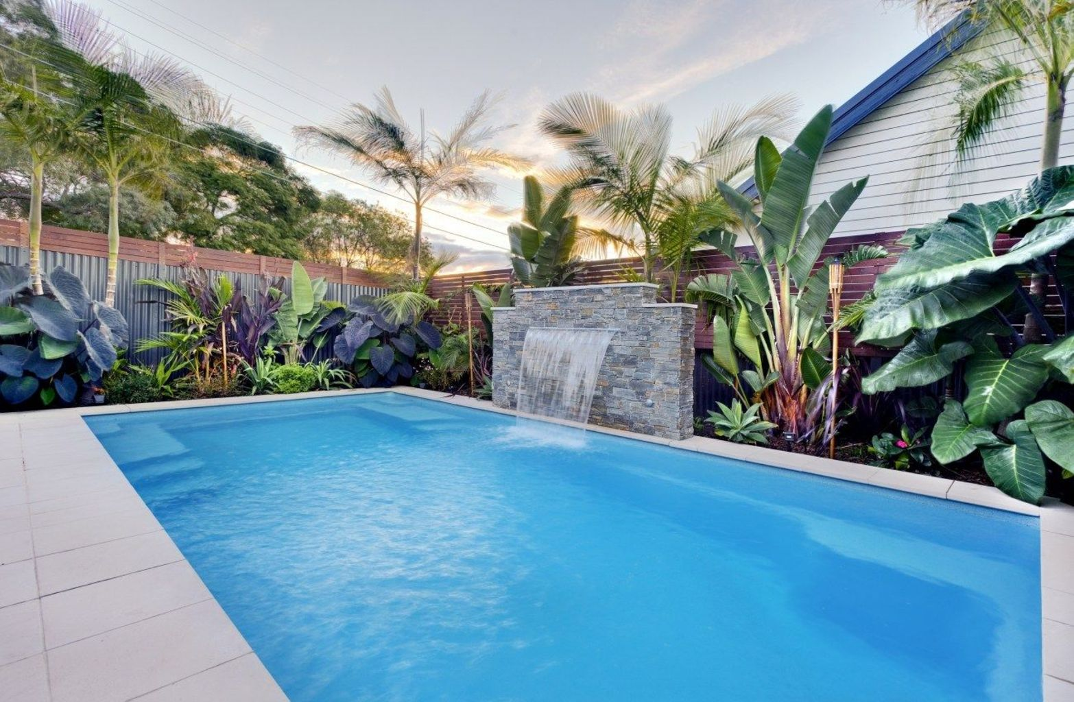 35 Trending Small Pool Designs for Your Backyard ...