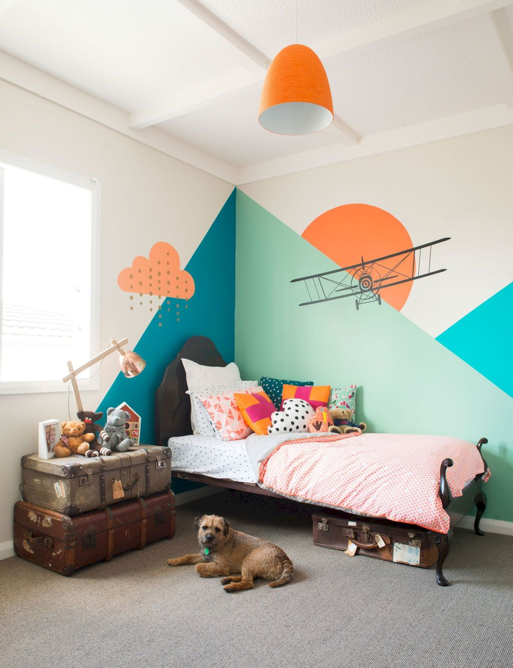 Aesthetic Kid Rooms with Geometric Wall Themes - SHAIROOM.COM