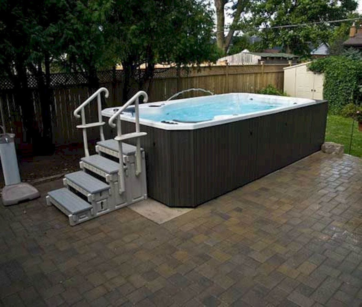 Simple pool designs built above ground designed with cheap materials for simple outdoor relieves Image 1
