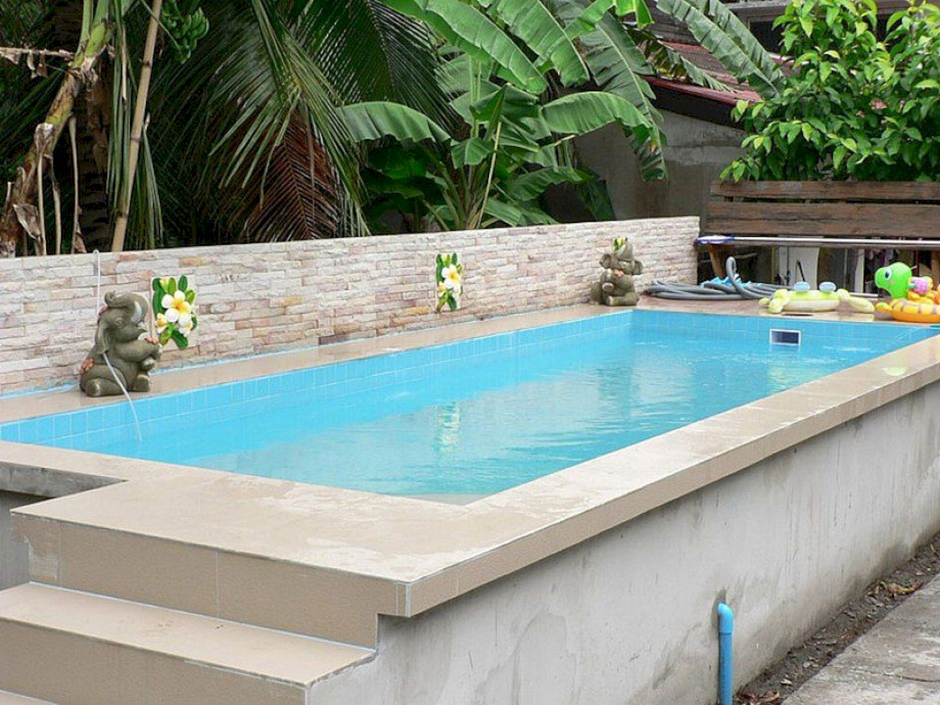 Simple pool designs built above ground designed with cheap materials for simple outdoor relieves Image 5